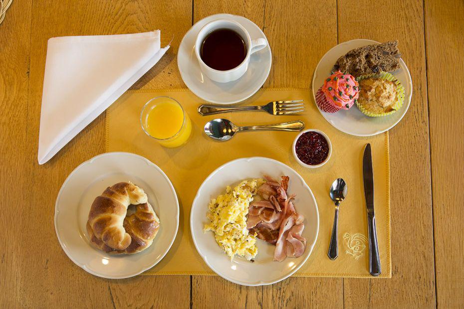 Lago Rosario Lodge Breakfast