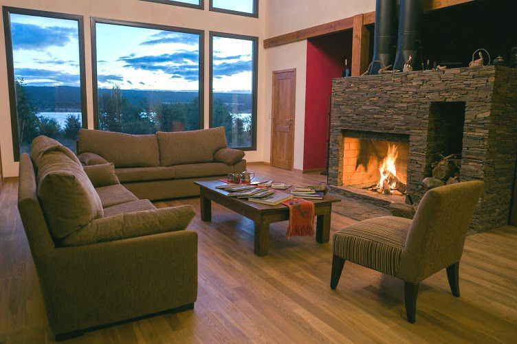 Fireplace Lago Rosario Lodge