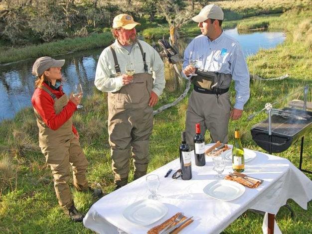 streamside meals cinco rios chile