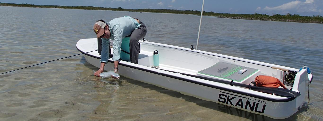 Skanu flats boat